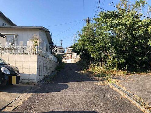 土地-豊田市石畳町坂下 こちらは前面道路です。