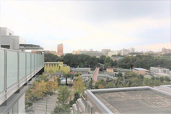 中古マンション-八王子市別所1丁目 ゲートエレベータ付近から駅方向の眺望写真