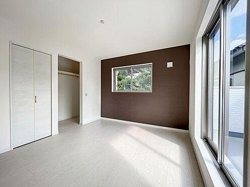 戸建賃貸-名古屋市中川区万場2丁目 クイーンサイズのベッドも配置可能! 小さなお子様と一緒にお休みいただけます