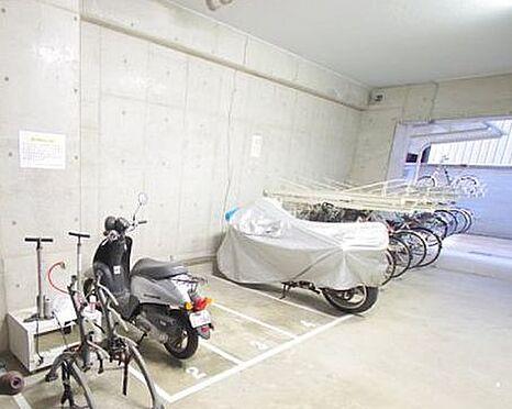 マンション(建物一部)-大阪市北区同心1丁目 屋内にバイク置場あり