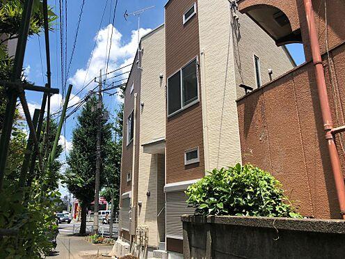 アパート-府中市美好町2丁目 甲州街道沿い・南北道路面、2路線2駅利用可能。