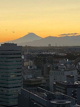 中古マンション-横浜市神奈川区栄町 夕景の富士山