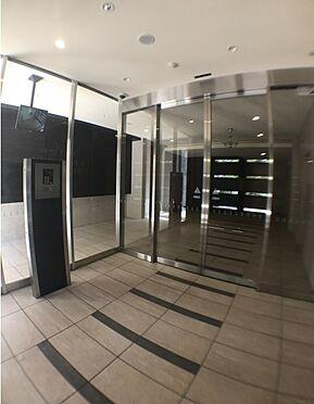 マンション(建物一部)-大阪市東淀川区東中島4丁目 オートロックや防犯カメラの他、TVドアホンもあるから安心です。