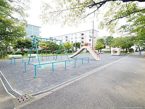 中古マンション-千葉市美浜区高洲3丁目 公園もあるので小さなお子様も安心!