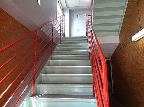 マンション(建物全部)-本庄市銀座2丁目 共用階段