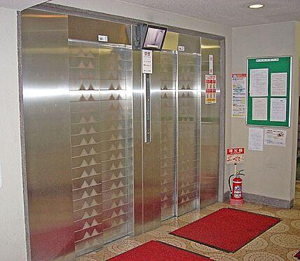 マンション(建物一部)-大阪市西区南堀江1丁目 エレベーターは防犯性に配慮されています。