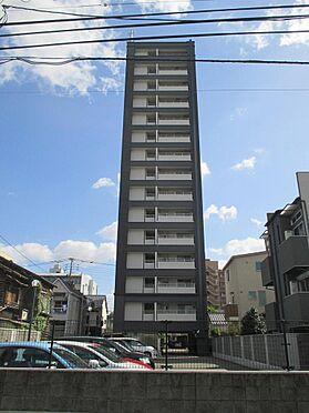 マンション(建物一部)-福岡市東区箱崎2丁目 駐車場側からみた外観