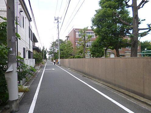 アパート-文京区千石4丁目 高校東洋女子高等学校まで533m