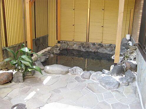 中古マンション-伊東市八幡野 【露天風呂】川の音が聞こえる露天風呂です。