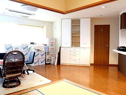 中古マンション-伊東市富戸 [リビング]約20帖のリビングです。
