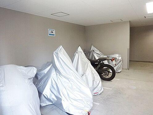 マンション(建物一部)-大阪市淀川区木川東2丁目 バイク置場もあるので、バイクをお持ちの方も安心。