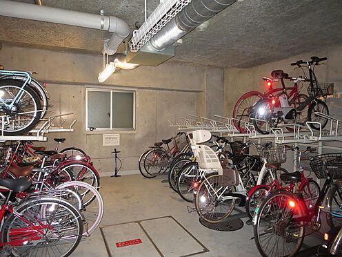 マンション(建物一部)-大阪市中央区内本町1丁目 駐輪場もあるので駅へのアクセスも楽々。