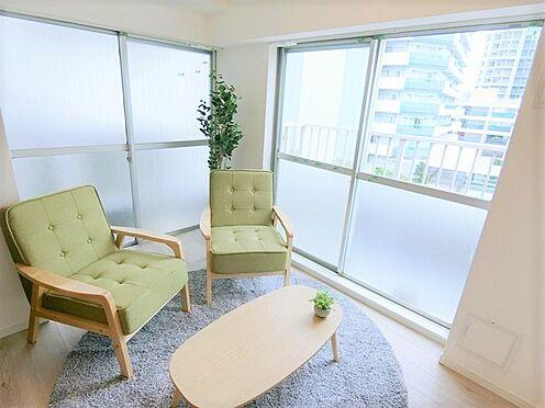 中古マンション-横浜市神奈川区栄町 ☆2面採光のお部屋です☆明るく、風通しもよく、そして家具付です!!☆