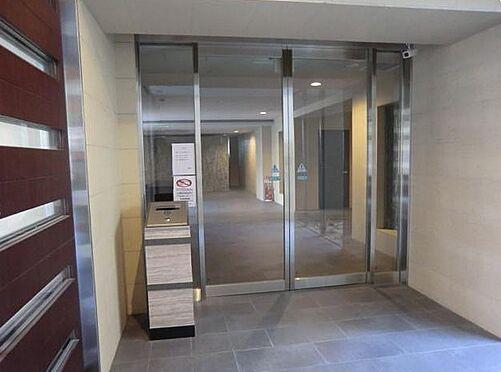 マンション(建物一部)-大阪市浪速区桜川2丁目 オートロックを採用するなど防犯性に配慮