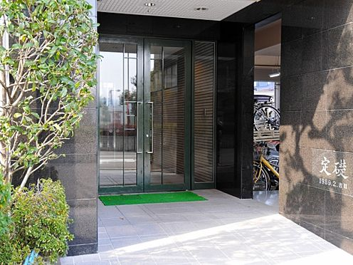 マンション(建物一部)-大阪市平野区長吉六反1丁目 綺麗なエントランス