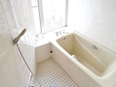 中古マンション-伊東市富戸 [お風呂]お部屋でもお風呂でゆっくりして頂けます。