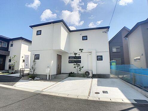 戸建賃貸-西尾市吉良町木田祐言 前面道路幅員約6mで、運転が苦手なママも駐車しやすいです!