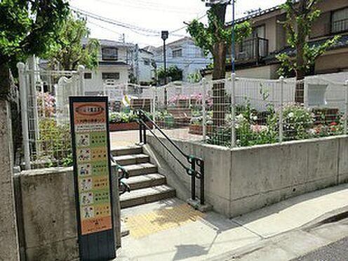 アパート-渋谷区上原1丁目 富ヶ谷児童遊園地