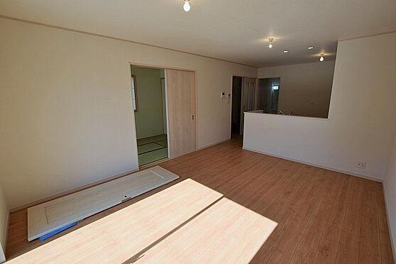 新築一戸建て-仙台市泉区向陽台2丁目 居間