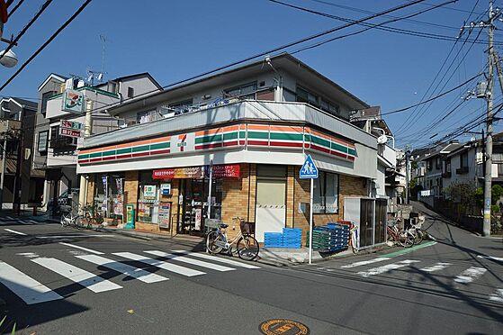 アパート-横浜市神奈川区白幡仲町 便利なコンビニまで徒歩5分。
