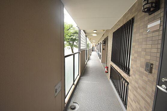 中古マンション-日野市落川 2階部分共用廊下