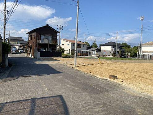 戸建賃貸-西尾市戸ケ崎3丁目 間口約8.4m毎日の駐車もラクラクです♪