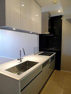 マンション(建物一部)-港区南青山2丁目 キッチン
