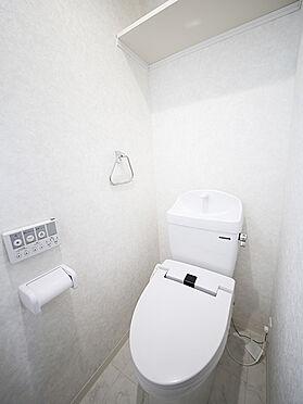アパート-東大阪市小若江1丁目 温水洗浄便座タイプを採用。