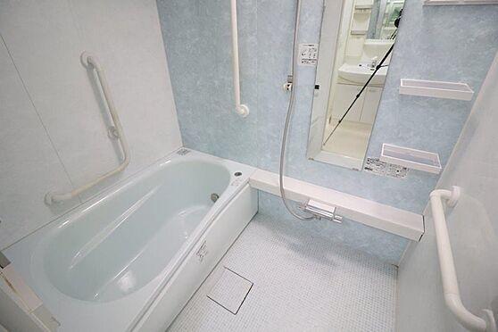 中古マンション-多摩市豊ヶ丘2丁目 2015年7月新規交換の浴室