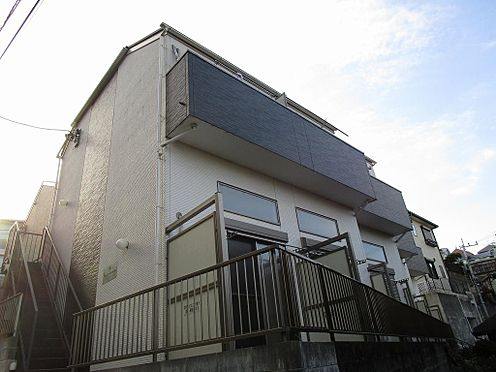アパート-横浜市港南区最戸2丁目 お洒落な外観の築浅物件。
