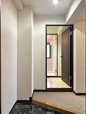 中古マンション-伊東市八幡野 ≪玄関≫ 室内は全体的に綺麗な状態です。