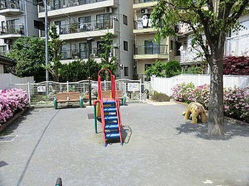 マンション(建物一部)-渋谷区神山町 周辺環境:富ヶ谷児童遊園地