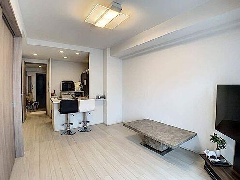 区分マンション-名古屋市中区栄5丁目 LDK約11.8帖と隣接した洋室4.5帖。仕切りを外し、開放感あふれる空間に!