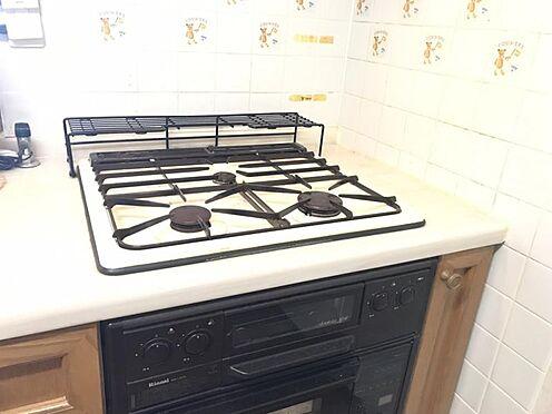中古マンション-知多市八幡新町3丁目 作業スペースをしっかりと確保できるキッチンです!