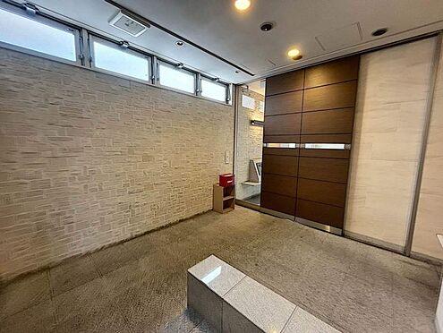 区分マンション-豊田市寿町3丁目 エントランスは広くホテルのような雰囲気です。