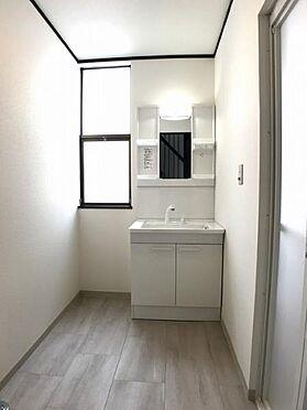 中古一戸建て-豊田市深見町鳥目 女性に嬉しい洗髪洗面化粧台がついてます♪