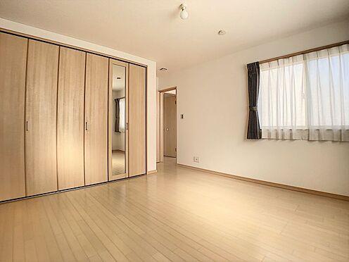 中古一戸建て-名古屋市守山区鳥羽見3丁目 各部屋それぞれ大容量の収納スペース確保!お部屋をスッキリお使いいただけます。