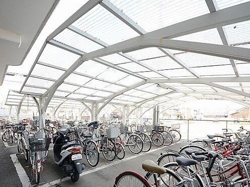 マンション(建物一部)-京都市南区吉祥院前田町 屋根付きの広々とした駐輪スペース