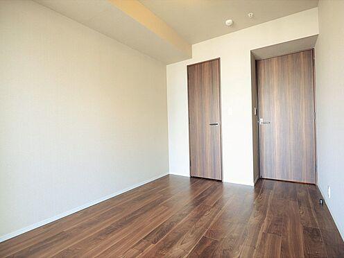 中古マンション-中央区晴海3丁目 洋室約6.0帖の主寝室にはウォークインクローゼットもございます。