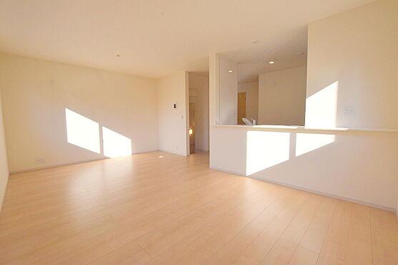 新築一戸建て-仙台市泉区八乙女中央4丁目 居間