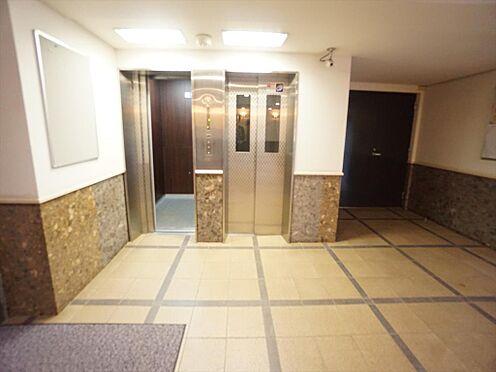 中古マンション-仙台市泉区七北田字八乙女 エレベーターホールです。エレベーターは2基あります。