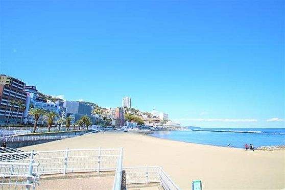 中古マンション-熱海市春日町 サンビーチ:熱海サンビーチまで約750m。お散歩コースとしてもお勧めです。