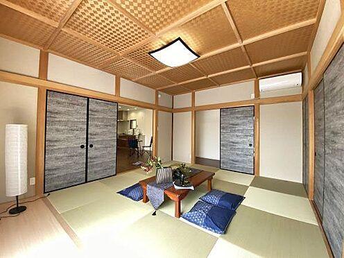 中古一戸建て-伊東市赤沢 ≪和室≫ こちらも別荘らしい雰囲気です。