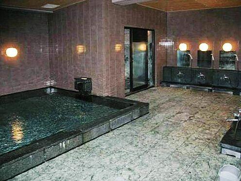 中古マンション-熱海市熱海 こちらが温泉大浴場です。東館の2階に清潔感溢れる温泉大浴場です。