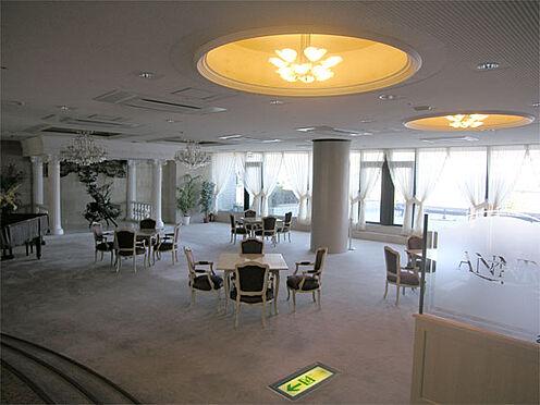 中古マンション-伊東市富戸 【フリールーム】共有部分が広く、ホテルのような雰囲気です。