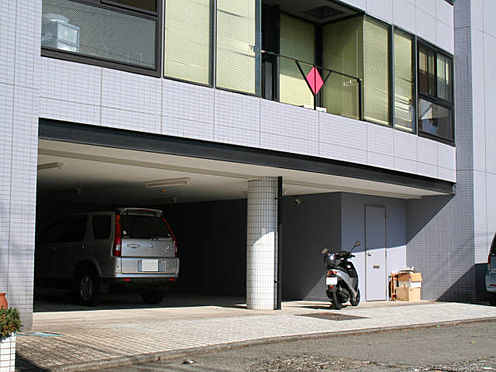 ビル(建物全部)-伊東市湯川2丁目 駐車場