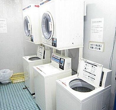 マンション(建物一部)-大阪市生野区勝山南4丁目 共用部にコインランドリーあり