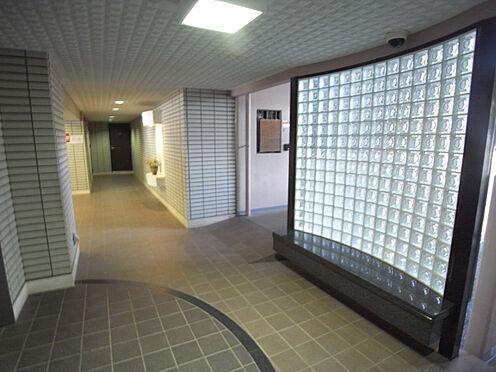 マンション(建物一部)-神戸市北区大脇台 廊下も陽当たり良好です。