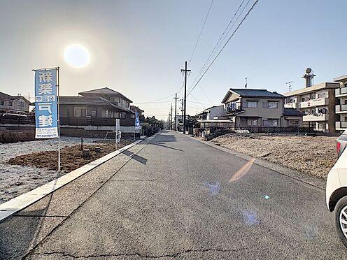 新築一戸建て-名古屋市守山区向台3丁目 幅員約6.5mでゆとりがあるので駐車の際も安心ですね
