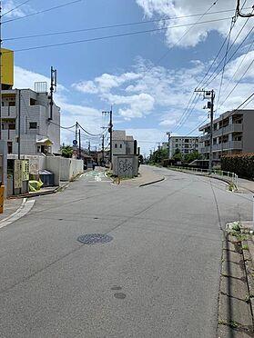 マンション(建物全部)-武蔵村山市学園3丁目 接面道路 公道 西約4m 北西約11m
